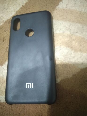 Продам 2чехла для телефонов: Xiaomi Mi A2 Lite 50 Xiaomi Redmi S2 100