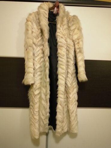 Duga bunda od krzna polarne lisice, kao nova, broj 42.Duga bunda od