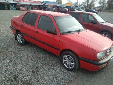 Volkswagen Vento 1995 в Кара-Балта