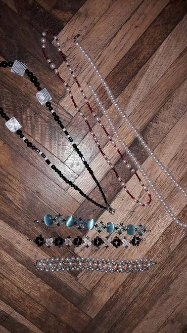 Set nakita. tri narukvice koje su rucno pravljene i nekoriscene i tri