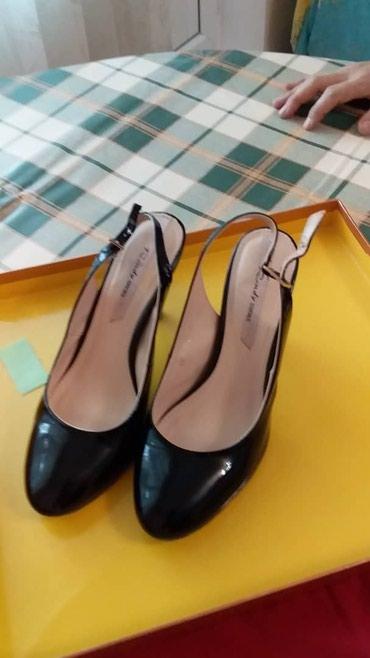 Туфли классические 36размер.лаковый в Бишкек