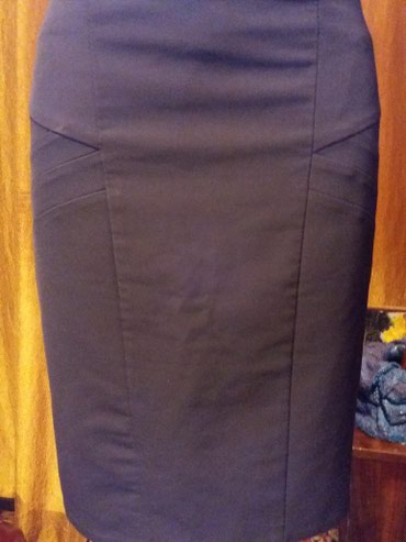 Юбка карандаш.ткань плотная. 44 46 размер. 100сом.черная.на фото не