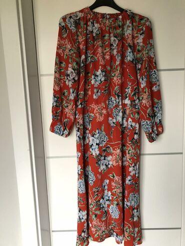 350 oglasa: Cvetna haljina H&M Velicina 40 Midi