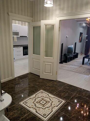 куплю 3 х комнатную квартиру в бишкеке в Кыргызстан: Сдается квартира: 2 комнаты, 80 кв. м, Бишкек