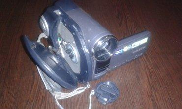 Bakı şəhərində Samsung Dvd-kamera recorder. Birbawa DVD-diske yazir. her disk 90deq t