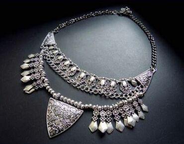 Nova ogrlica, lepo ide uz haljine, kosulje, dzempere