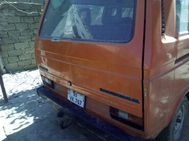 Volkswagen Azərbaycanda: Volkswagen Caravelle 1.6 l. 1986 | 363080 km