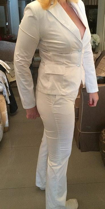 Белый костюм,женский,новый,размер 48-50. в Бишкек