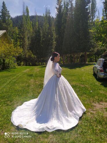 свадебные платья in Кыргызстан   МАТЕРИНСКИЕ ПЛАТЫ: Шикарное свадебное платье! Платье два в одном (для фотосессии и для св