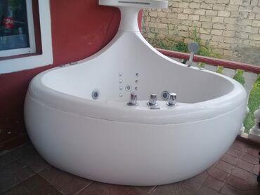 Vannalar, cakuzi - Azərbaycan: Eni 1.70, hündürlüyü 1.80.Motorla işləyir,İşıq, musiqi hər bir şeyi