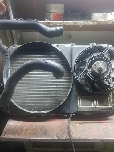 Продаю радиатор от Ауди 100 с4 в отличном состоянии