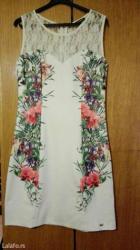 Haljina bela sa cvetnim dezenom,jako lepo stoji,vel.m. - Krusevac