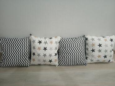 Продаю подушки. Отличное качество.Производство.Расцветок очень