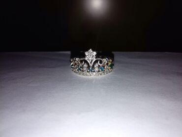 alfa romeo 4c 17 tct в Кыргызстан: Продается серебряное кольцо в виде короны. Размер 17-17,5. Торг