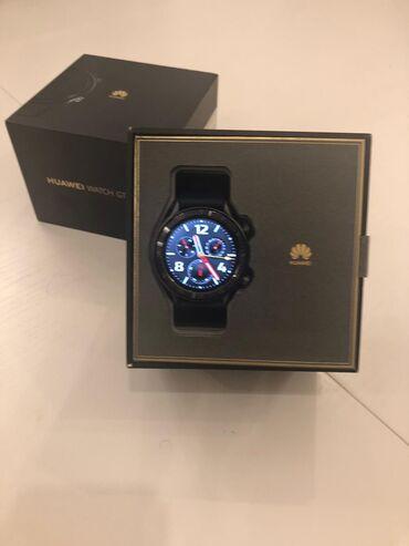 Huawei watch GT,orginal saatdır heç bir problemi yoxdur,üstünde kitabç