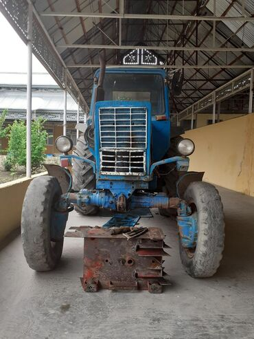 - Azərbaycan: Traktor MTZ82
