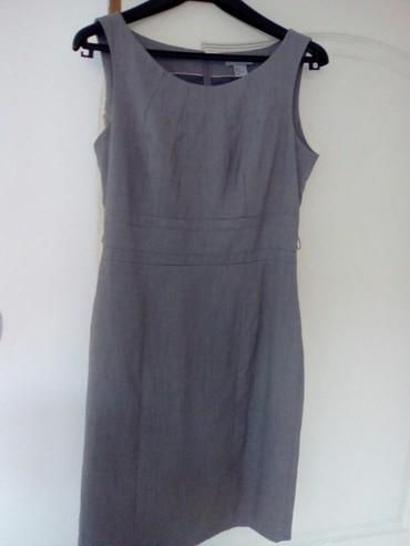 Haljine - Vranje: HM haljina u boji peska vel 40 predivnog klasicnog modela. kvalitetan