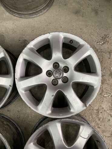 шины 21560 r17 лето в Кыргызстан: Срочно диски Тойота R17 разболтовка 5х100 пойдёт на Виш калдина, аве
