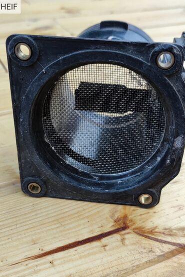 Расходомер воздуха Audi a 4
