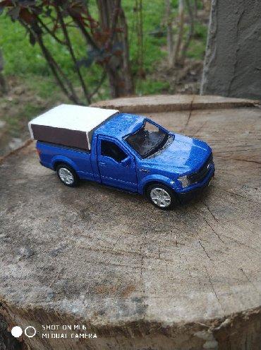 """Pikap (Pick-up)Model N°67 Ford """"F-150""""(Qırmızı, göy, qara, boz"""