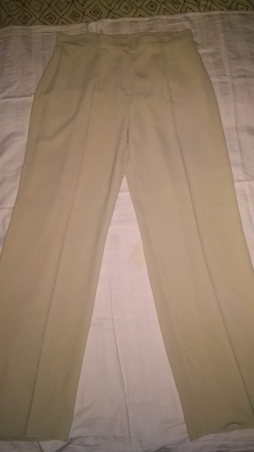 Prelepe ,elegantne pantalone, bez boje. velicina 42 - Smederevska Palanka