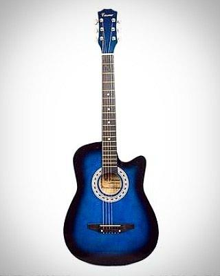 Xaçmaz şəhərində Casme firmasının 4/3 ölçülü akustik gitarası cəmi 70azn