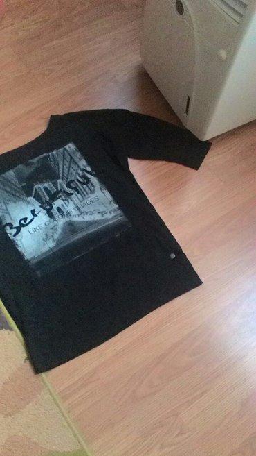 bluzica M bez ostecenja kao nova - Prokuplje