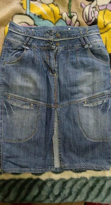 стильную джинсовую юбку в Кыргызстан: Продаю джинсовую юбку б/у в хорошем состоянии, размер 32. Одевалась