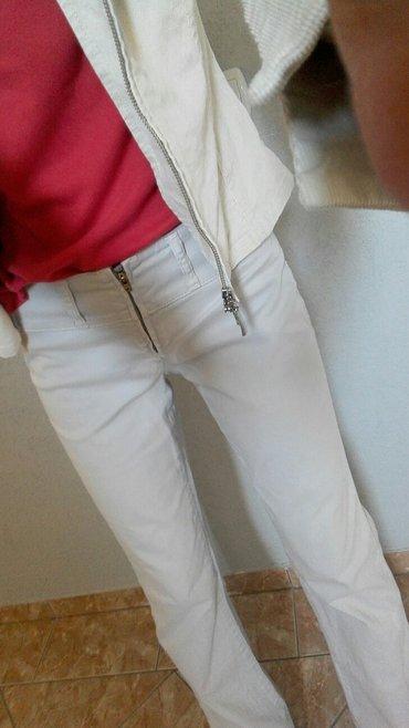 Pantalone,savrsene vel. M. šaljem brzom poštom - Jagodina