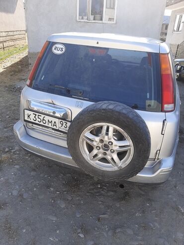 Транспорт - Узген: Honda CR-V 2 л. 2000   230000 км