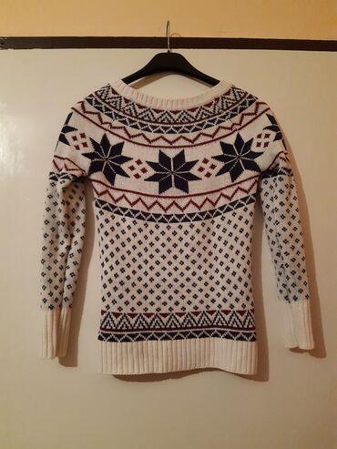 Ženska džemperi   Srbija: Terranova dzemper, velicina XS. Kao nov, 2-3 puta samo nosen. Beo je