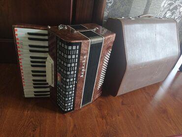 Аккордеоны - Кыргызстан: Реальному клиенту сделаю хорошую скидку Продам аккордеон Barcarole