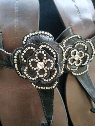 Papuce iz Svajcarske jednom obuvene kozne crne sa cirkonima velicina