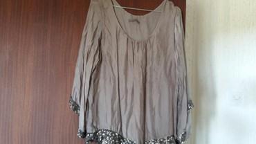 Ženska bluza vel. XL polovna,ocuvana,95%viskoza i 5% elastin.Kupljena