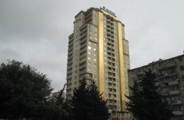 Bakı şəhərində Mənzil kirayə verilir: 4 otaqlı, 220 kv. m., Bakı