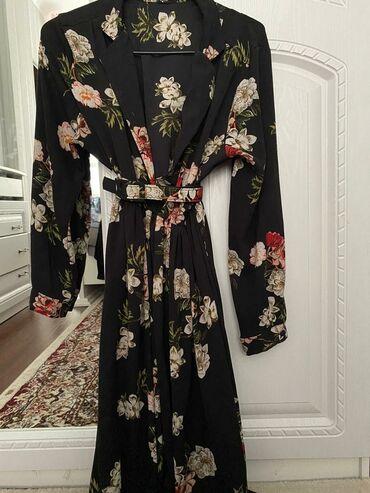 черное до колен платье в Кыргызстан: Продаю платье размер L-XLчуть ниже колен.Отдам за 500 с,брала за