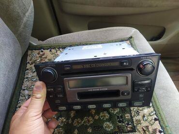 Audio oprema za auto   Srbija: Штатная магнитола от Тайота алтезза 2003 года выпуска 1500 сомов