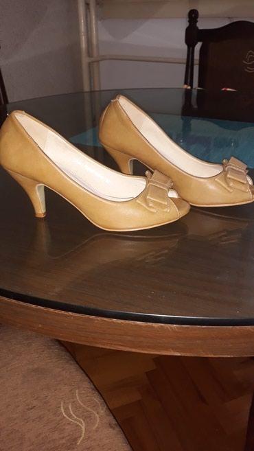 Cipele broj 36...stanje bukvalno novo... obuvene 1....stikla 6mm - Bor