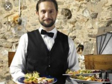 Bakı şəhərində Ofisant komekciler. Tecili ailevi restoran sebekesine ofsiant