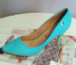 - udobne cipele tirkizne boje- savršena letnja boja i dizajn- in Vranje