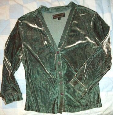 Extra Italy dizajn bluza,extra kvaliteta.Posebno lep mek