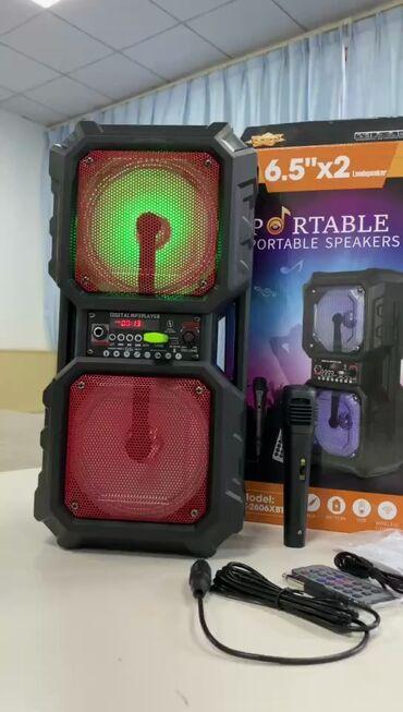 Электроника - Кыргызстан: Блютуз колонка с микрофоном, в комплекте имеется микрофон и пульт