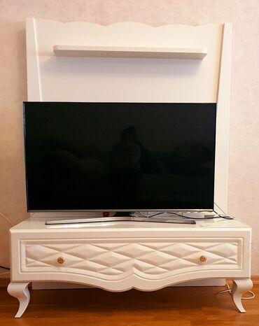 Tv stend. Turkiye istehsalidir. Uzeri masin boyasidir. Baha alinib
