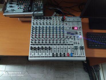 Elektronika - Kikinda: Pojačalo eurorackIspravan svaki ulaz je isproban na mikrofon svako