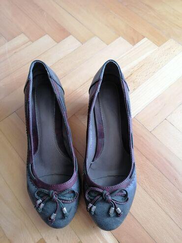 Cipele ženske Br. 39.dužina gazišta 25 cm
