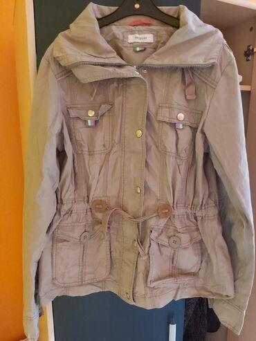 C&A prolecna jaknica, L velicina, ali odgovara i za M
