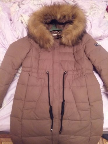 супер стильное платье в Кыргызстан: Продаю супер парку. одела пару раз. мне оказалась велика. размер