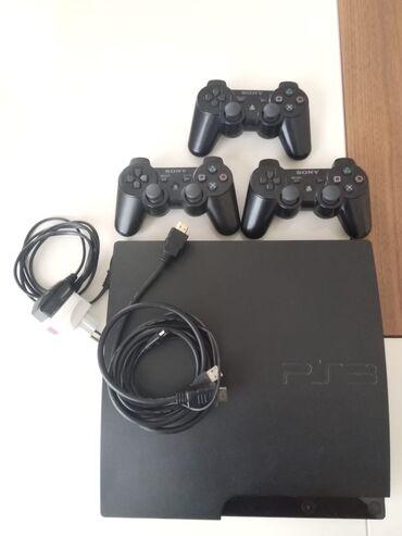 Sony Playstation 3 Slim, Yaxshi vezyetdedir, 3 djostiki var, 7 oyun