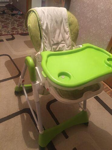 Другие товары для детей - Кыргызстан: Детский стульчик со столиком. Цена 3000 сом. Тел. звоните на номер