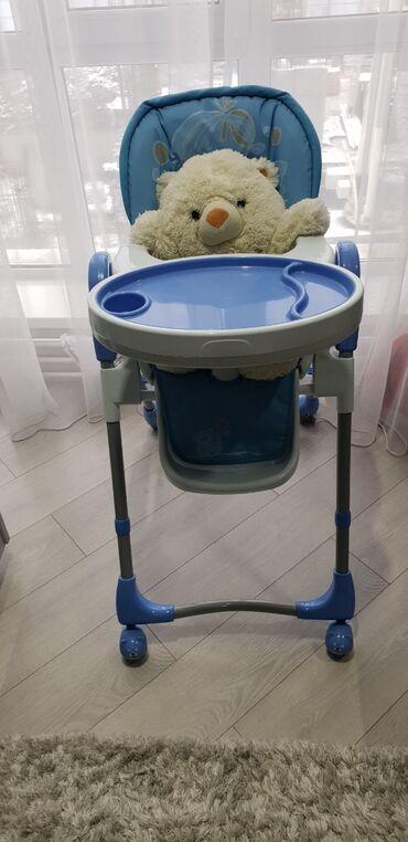 Детский стул для кормления. В отличном состоянии. Имеет 3 положения сп